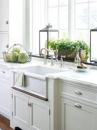 Kitchen Window Decorating Ideas Best 25 Window Ledge Decor Ideas On Pinterest Lavender Bathroom