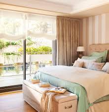 Beige Home Decor Dormitorio En Tonos Beige Y Verde Agua Con Pared Del Cabecero En