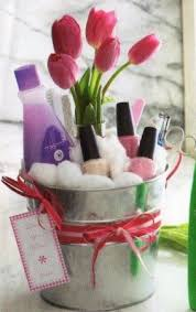 Mother S Day Gift Basket Ideas 18 Best Mother U0027s Day Gift Baskets Images On Pinterest Gift