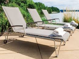 Best Pool Lounge Chairs Furniture Get Tan In The Best Pool Chaise Lounge Outdoor Chaise