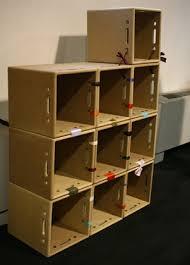 scaffali fai da te riciclo creativo come costruire una libreria in cartone con