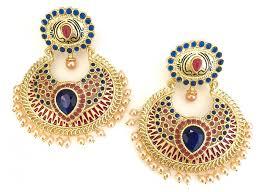 gaudy earrings tips to buy best fashion earrings for women