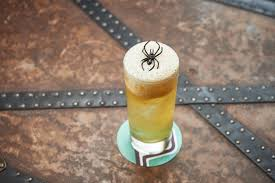 ten tasty halloween cocktails cool hunting
