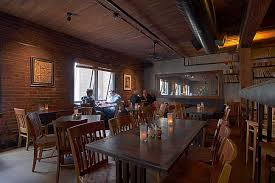 Salish Lodge Dining Room by Pizza The Alibi Room 85 Pike St 410 In Post Alley Seattle