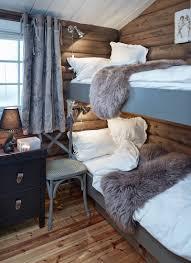 linge de lit style chalet montagne deco chambre chalet montagne sauvegarder la photo chambre e