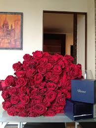 100 Roses 34 Best Huge Bouquet Images On Pinterest Flowers Flower