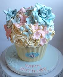 cupcake birthday cake cupcake birthday cake photos fashion ideas