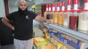 cuisine restauration rapide vitrine le kosmopolite restauration rapide halal