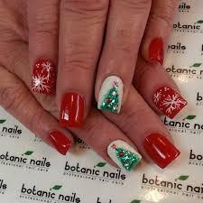 55 most stylish christmas nail art