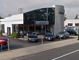 audi dealer nyc nassau county 2 suspects torch car at lynbrook audi