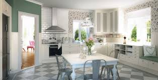 carrelage cuisine damier noir et blanc carrelage métro blanc dans la cuisine et la salle de bains