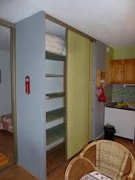 grand placard cuisine meuble du jura installé à bois d amont dans le parc naturel du