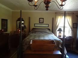primitive bedrooms bedroom glamorous through my back door primitive bedroom ideas