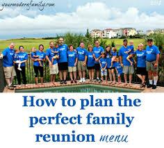 how to plan the family reunion menu