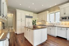 what shade of white for kitchen cabinets white kitchen cabinets floor color video and photos