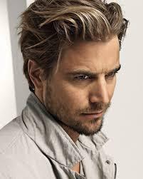 catalogue coupe de cheveux homme coiffure cheveux mi homme les tendances mode du automne