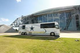 dallas cowboys tour bus was involved in deadly car crash in
