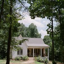 a mississippi home that gave new life to an old farmhouse dream