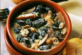 cuisiner des escargots recette cassolette d escargots au chablis escargot