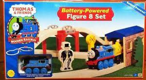 the tank engine friends battery powered figure 8 set ebay