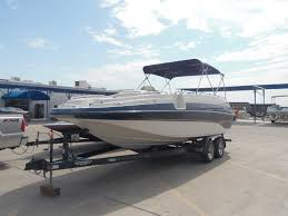 boatsville new and used crownline boats