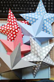 3d stars to make from regular scrapbook paper so cute for