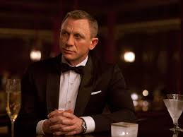 vesper martini james bond daniel craig swapping a martini for vesper has lead to