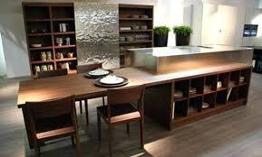 cuisine 9m2 avec ilot table de cuisine avec rangement ilot central avec rangement et table