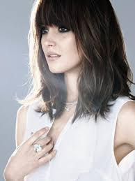 no effort medium length hairstyles for ordinary women over 50 with thin hair 20 flattering hairstyles for oval faces blunt bangs shoulder