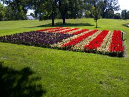 Mini Garden Flags Here Are 7 Patriotic Planting Designs For The Fourth Of July