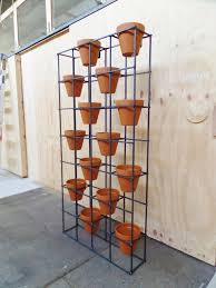 Vertical Garden Pot - best 25 vertical planter ideas on pinterest hanging succulents