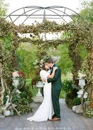 Wedding Arches Definition These Insane Floral Designs Are The Definition Of Flower Power