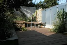 delightful modern small garden modern garden wall materials design
