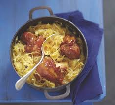recettes cuisine alsacienne traditionnelle recette choucroute alsacienne traditionnelle