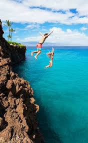 Hawaii travel click images Cliff jumping in hawaii click through to read the top 10 things png