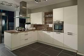 cuisine beige laqué charmant cuisine beige et taupe galerie et cuisine beige et taupe