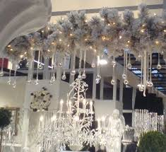 Christmas Decorations For Shop Front by Pleasing Christmas Decorations For Retail Displays Strikingly