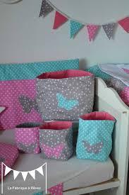 chambre bébé turquoise et gris pochons rangement réversibles chambre bébé fille turquoise gris