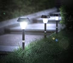 Best Solar Patio Lights Best Rated Solar Powered Pathway Lights 2017 Top 8 Reviews