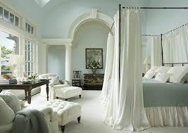 chambre lit baldaquin chambre à coucher lit baldaquin idée originale chambre coucher