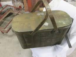 vintage picnic basket vintage antique hawkeye refrigerator picnic basket with tin lining