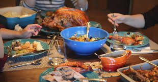 three cnbc reporters make thanksgiving dinner from a box