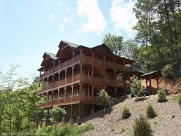 Gatlinburg Cabin Dreams Come True  Bedroom Sleeps - 5 bedroom cabins in pigeon forge tn
