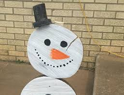 wooden snowman diy wooden snowman that s for the holidays jen around