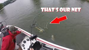 how big is table rock lake how not to land a big bass table rock lake fishing 5 12 17 youtube