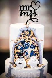 doctor who wedding cake topper dr who wedding cakes symbolize the timeless wedding celebration