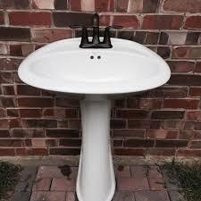Pedestal Sink Sale Find More White Pedestal Sink Mansfield Brand W Moen Oil