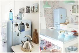 cuisine pastel déco une cuisine rétro avec du bleu pastel dedans louise