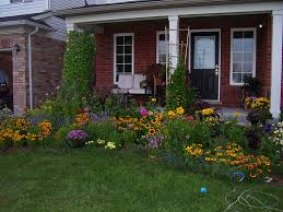 small flower gardens in front of house decorating clear