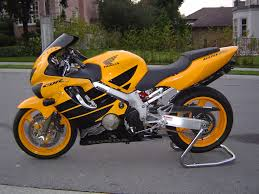 honda cbr600f4 with color matched rims street bikes pinterest